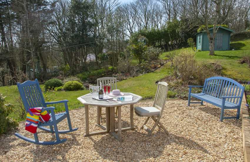 Little Haven - pet free holiday bungalow - large gardens