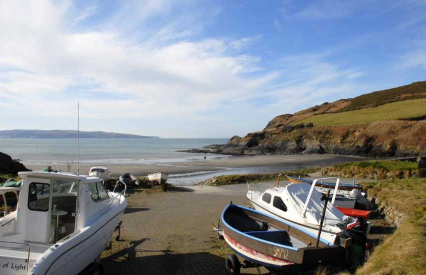 Pwllgwaelog, Dinas Island - a sheltered little cove with a pub, The Old Sailors, which overlooks the beach