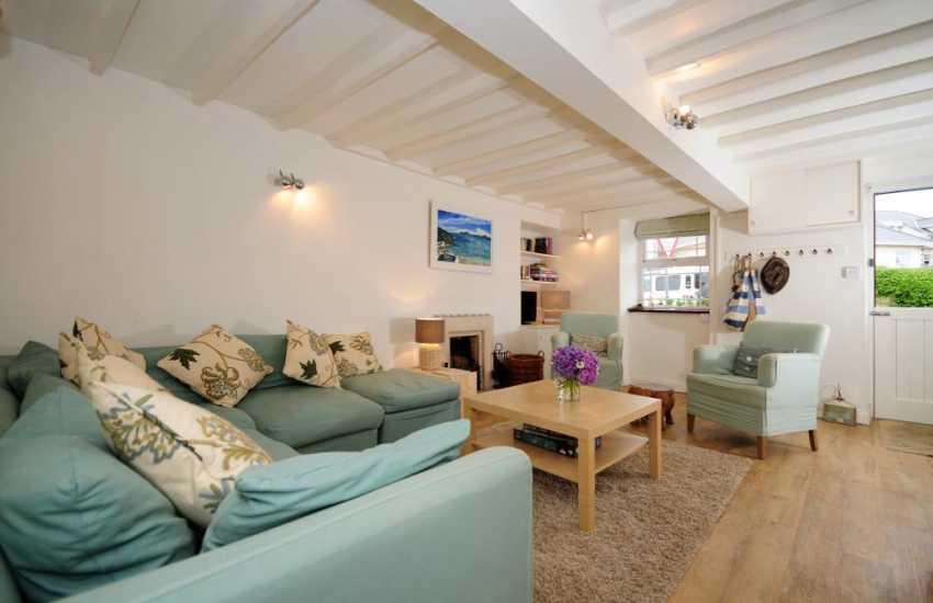Holiday cottage by the sea Morfa Nefyn - lounge
