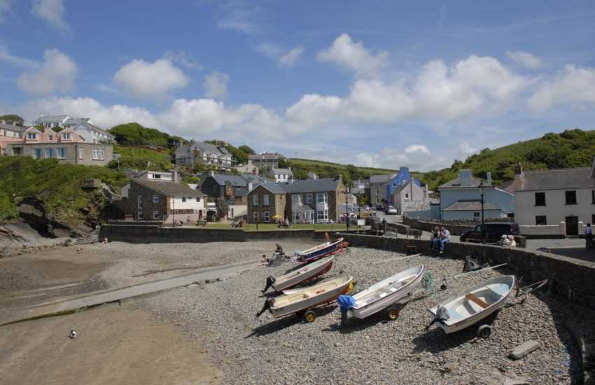 Little Haven - a pretty coastal village with 3 excellent pubs, restaurants, a pottery and the Old Boat House Gallery