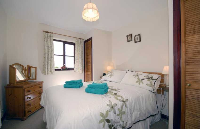 Pembrokeshire Abermawr holiday cottage sleeps 4 - master double