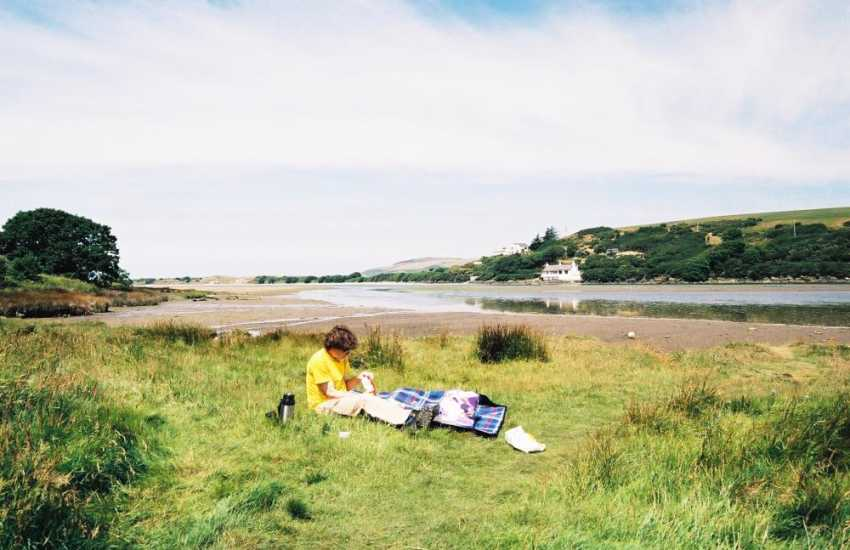 The tidal Never Estuary is a paradise for bird-watching and for enjoying a picnic