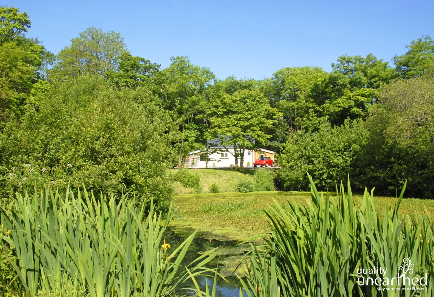 North Pembrokeshire cottage with gardens and large wildlife pond