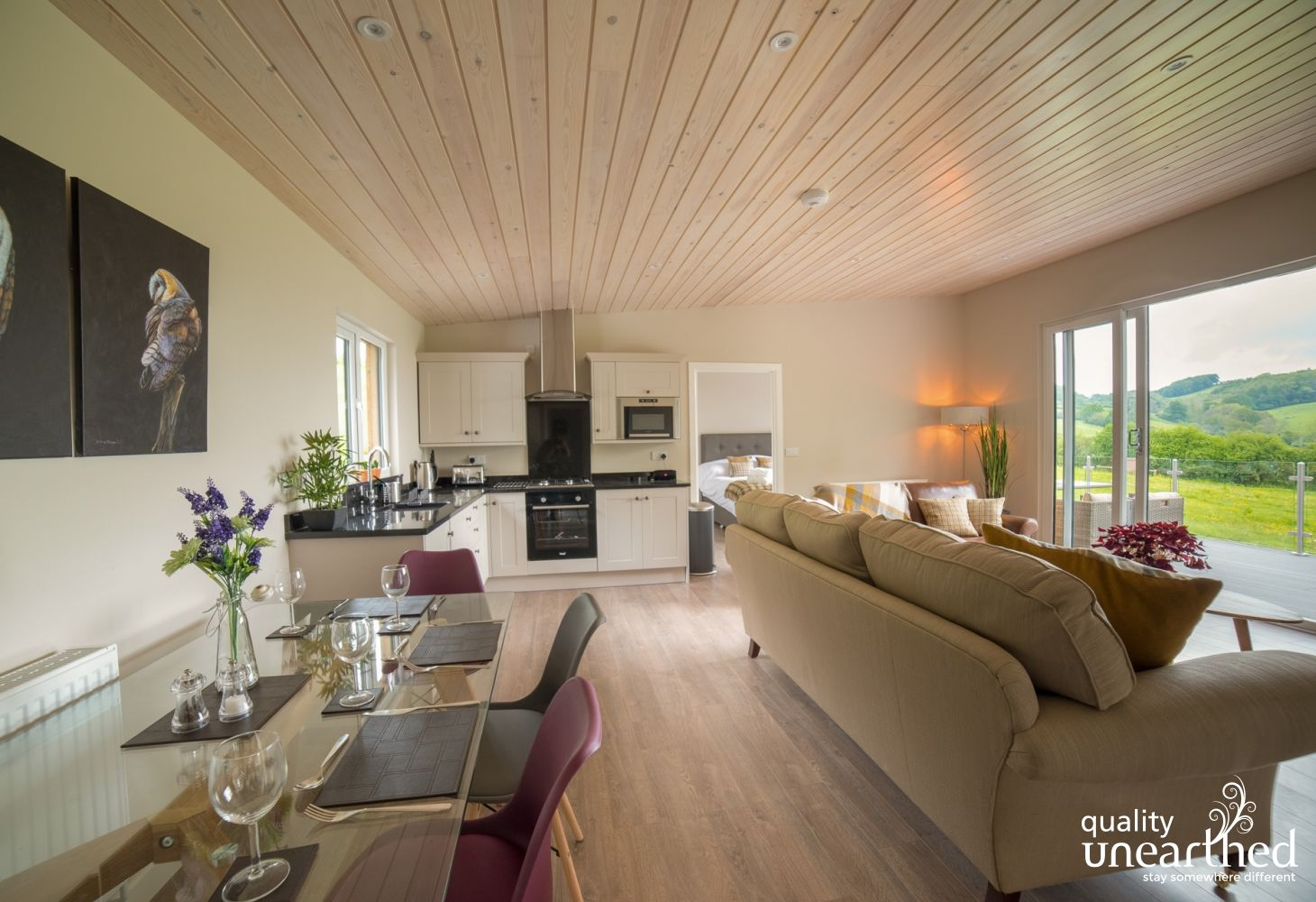 Barn Owl Lodge in Powys