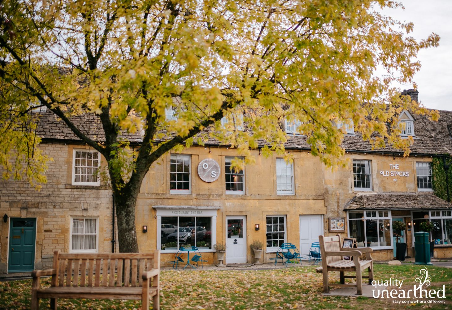 Stow On The Wold in the Autumn, with leaves on the village green is beautiful and only 30 mins from the treehouse