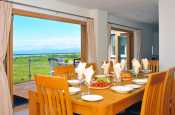 Welsh coastal cottage - dining room