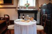 Loughor Estuary cottage holiday for two - dining area