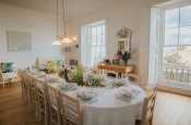 Tenby self catering - spacious modern kitchen/diner with sea views