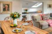 Pembrokeshire holiday cottage  -  dining