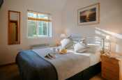 Holiday cottage Gower Peninsula-double bedroom