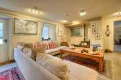 Pembrokeshire holiday cottage sleeps 6  - lounge