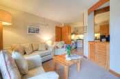 St Davids self catering - lounge
