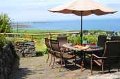 Perfect Holiday cottage Wales - patio