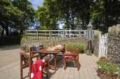 Pet friendly North Pembrokeshire holiday farmhouse - private gardens
