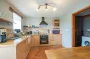 Cwm Bychan holiday cottage  - kitchen