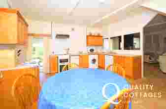 Dolgellau holiday cottage - kitchen