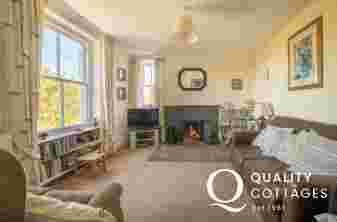 Dog friendly holiday cottage Morfa Nefyn  - lounge