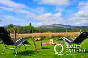 Mawddach holiday cottage - garden