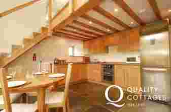 Holiday home near Harlech - kitchen sleeps 4