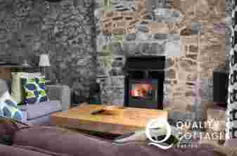 Holiday cottage on the beach Wales - sitting room