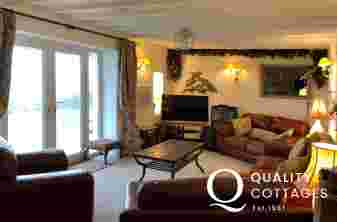 Luxury holiday house Aberdaron - lounge