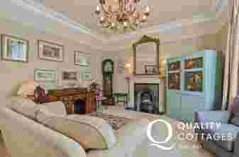 Incorporating a fabulous drawing room, opulently furnished with luxurious furnishings, a true salon, perfect for unwinding after a day's exploring
