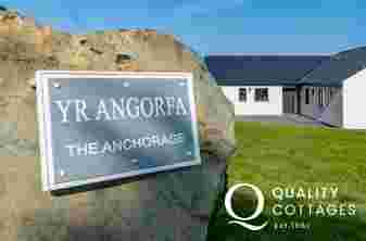 the Anchorage luxury holiday cottage