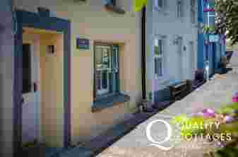 Dog Friendly Holiday Cottage in Solva Pembrokeshire
