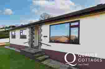 Front exterior view of dog friendly holiday cottage in Saundersfoot, Pembrokeshire.