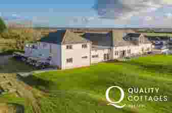 'Fairways View' holiday apartment with scenic views of Pembrokeshire countryside and Haverfordwest Golf Course, Wales.