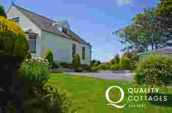 Aberdaron holiday cottage - exterior