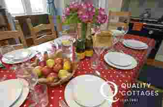 Pembrokeshire coastal cottage for large family gatherings