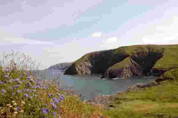 Ceibwr Cove