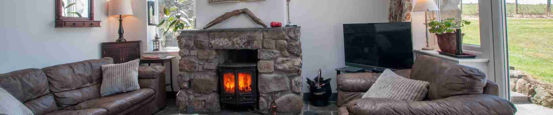 Holiday cottages with real fires, open fires, log fires, stoves, inglenooks