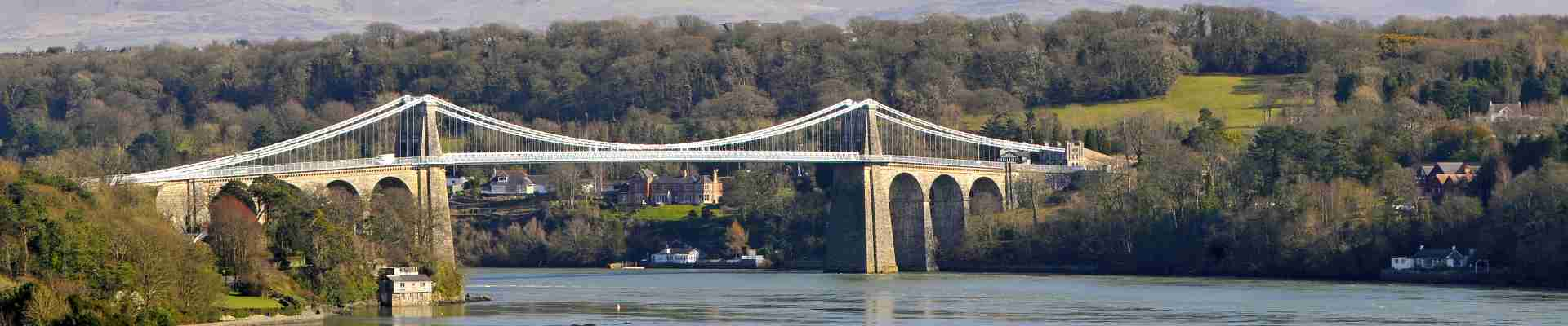 Menai Bridge & Strait Holiday Cottages