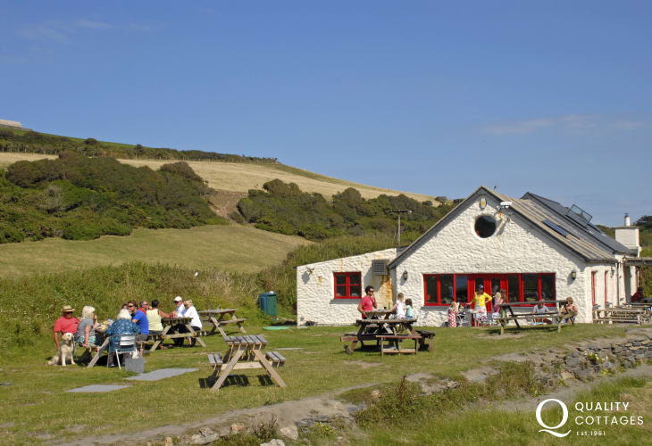 The Old Sailors Inn at Pwllgwaelod over looking the beach