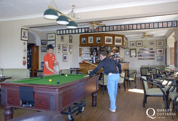 Relax in the upstairs Lounge Bar of the club house overlooking the golf course or in the contemporary Greens Restaurant