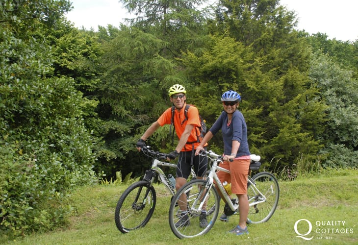 Hire a couple of bicycles for your holiday from Mikes Bikes in Haverfordwest who will even deliver them to your cottage!