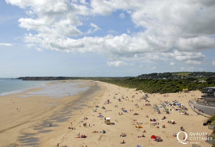 South Beach, Tenby - 2 miles of golden sands stretching to Giltar Point