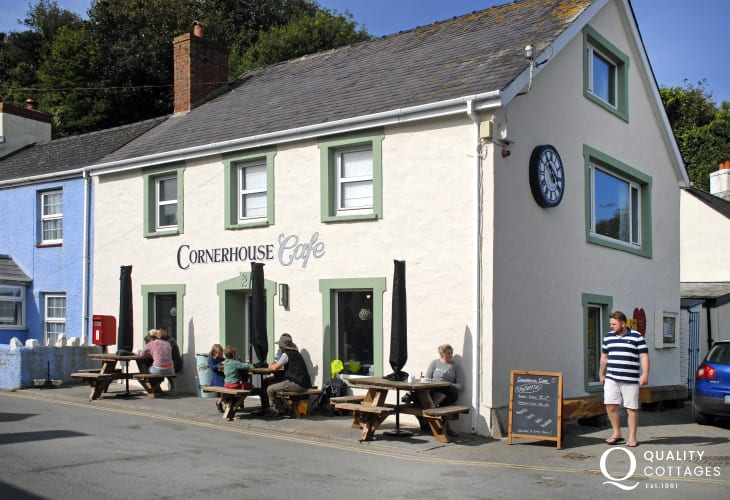 Cornerhouse Cafe, Little Haven for breakfast, coffee