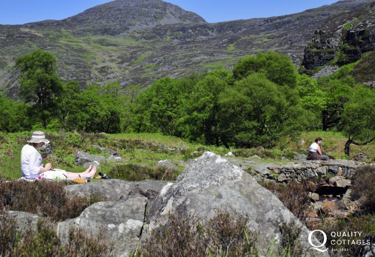 Picnic at Cwm Bychan and the roman steps - a short, scenic drive from Harlech