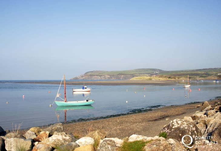 The charming coastal village of Newport has sandy beaches, the Nevern Estuary, shops, galleries, cafes, pubs and restaurants to explore