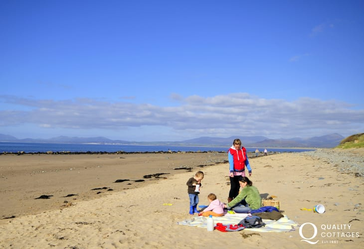 The vast sandy beach at Harlech - plenty of space for everyone!