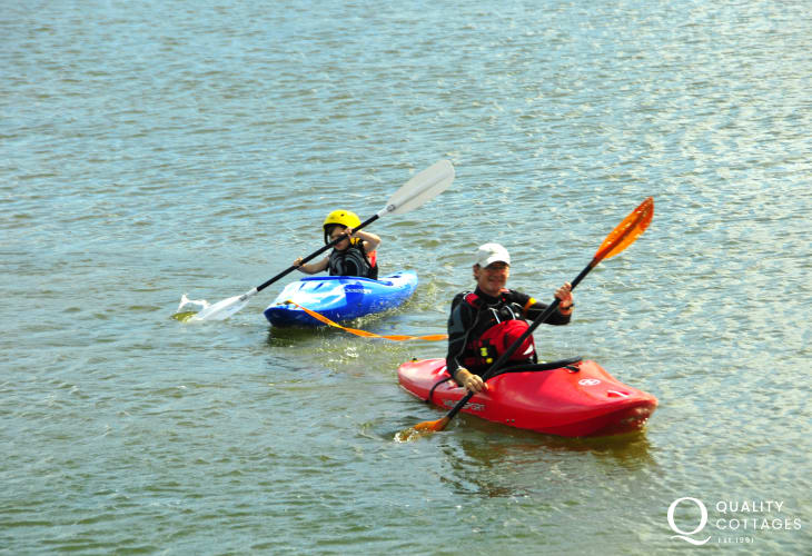 Explore the Pembrokeshire Coast by kayak
