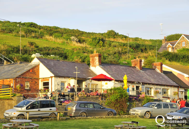 'The Sloop Inn' at Porthgain is a family friendly pub serving a choice of excellent bar food