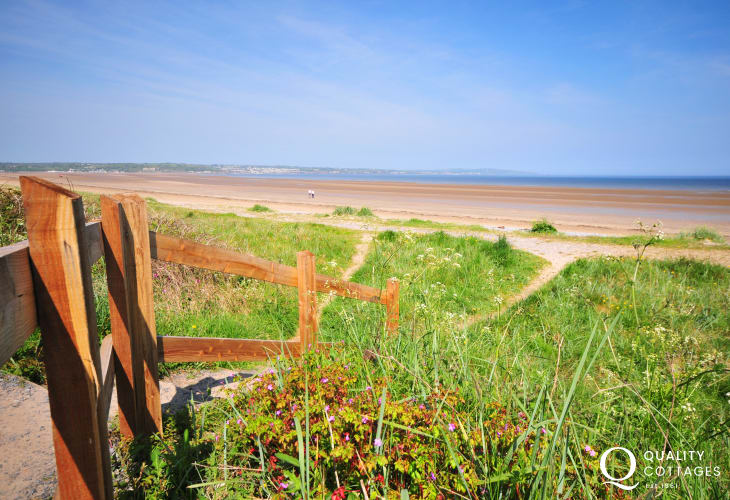 Llanddona Beach, walk along the great stretch of sand all the way to Red Wharf Bay. Enjoy family fun or enjoy watersports galore.