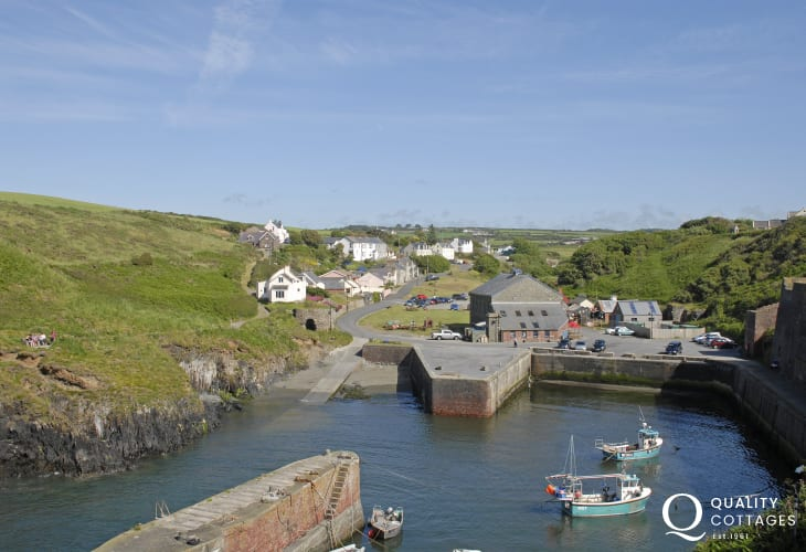 Porthgain - a picturesque tiny harbour village with an excellent pub