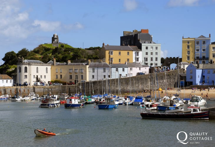 The popular seaside resort of Tenby is only short drive away