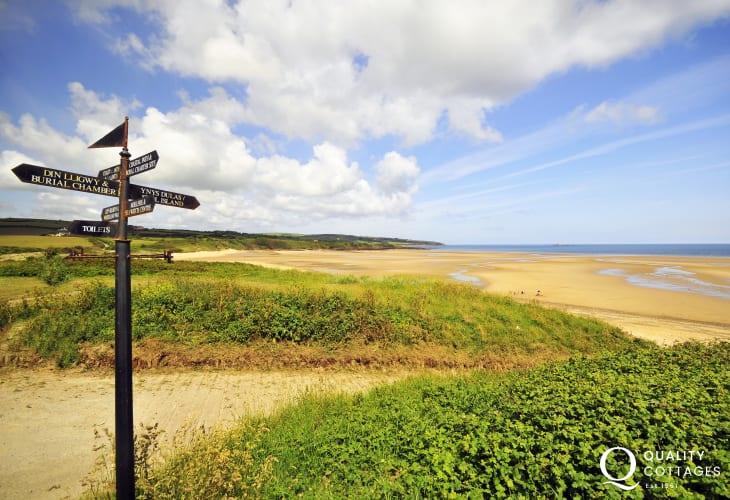 Lligwy Bay Anglesey