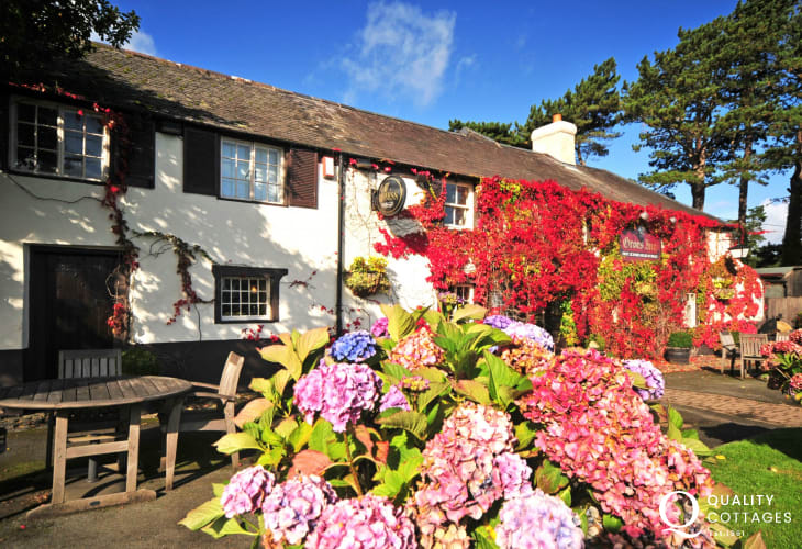 The Groes Inn, Conwy. Local pub with a warm welcome and delicious food